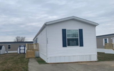 Mobile Home at 3088 Daniel South Columbus, IN 47201