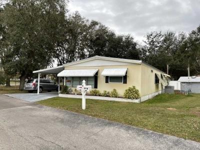 Mobile Home at 102 Oakhill View Valrico, FL 33594
