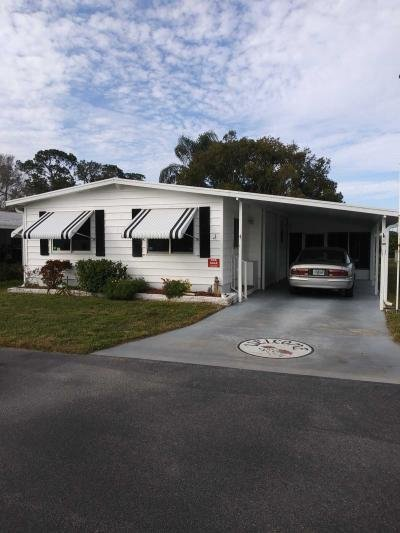 Mobile Home at 239 Greenhaven Road W. Dundee, FL 33838