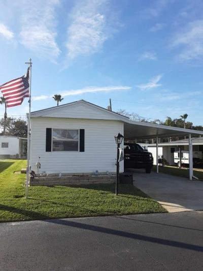 Mobile Home at 403 Day Lily St Sebring, FL 33876