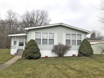 Mobile Home at 186 Kenneth Court Spotswood, NJ 08884