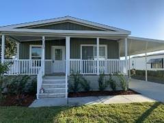 Photo 2 of 20 of home located at 13210 Orange Avenue Grand Island, FL 32735
