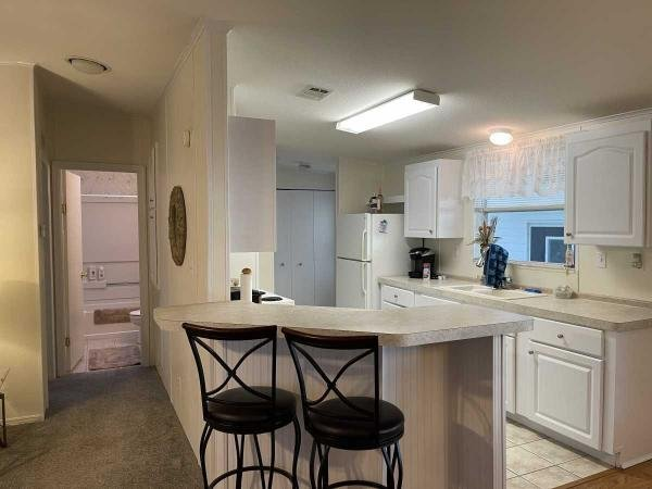 Photo 1 of 2 of home located at 35240 Jomar Ave. Zephyrhills, FL 33541