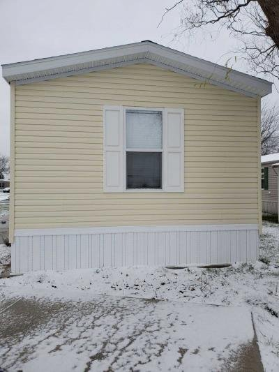 Mobile Home at 124 South Compass Vermilion, OH 44089