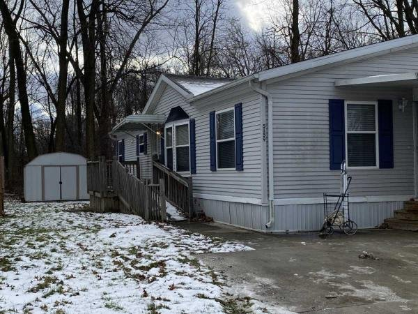 1999 Fiarmont Mobile Home For Sale