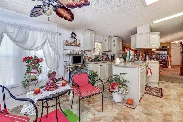 1998 SKYL Mobile Home For Sale