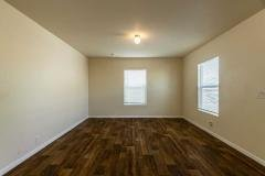 Photo 4 of 8 of home located at 4401 Hughes Lane #74 Bakersfield, CA 93304
