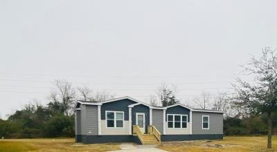 Mobile Home at 1423 Sugarbun Way Houston, TX 77073
