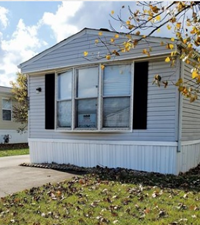 Mobile Home at 6804 Glick Dr Columbus, IN 47201