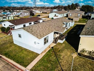 Mobile Home at 11219 Loblolly Lane Euless, TX 76040