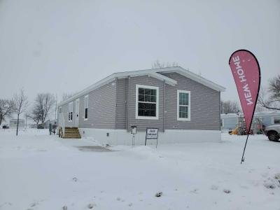 Mobile Home at 194 Kingsway Dr. North Mankato, MN 56003