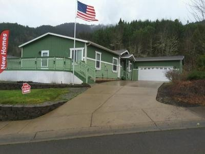 Mobile Home at 245 Lucky Ridge Lp. Canyonville, OR 97417