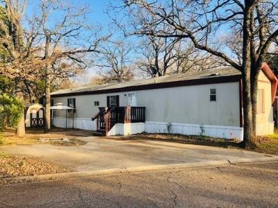 Mobile Home at 1053 Royal Circle Arlington, TX 76017