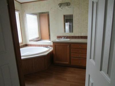 Mobile Home at 3934 Raisin Glen Lot 392 Monroe, MI 48161