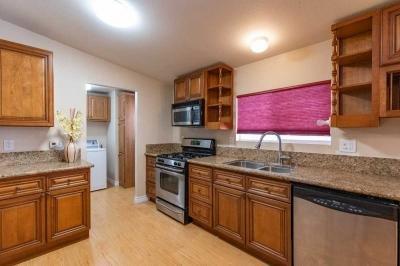 Mobile Home at 18 Ash Via Anaheim, CA 92801
