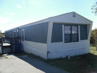 Mobile Home at 1414 Dollar Dr Lot Do1414 La Vergne, TN 37086
