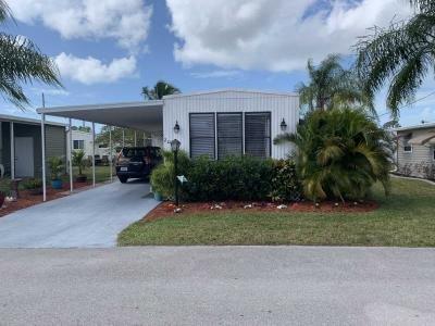 Mobile Home at 2071 Bouganvilla Ct Naples, FL 34110