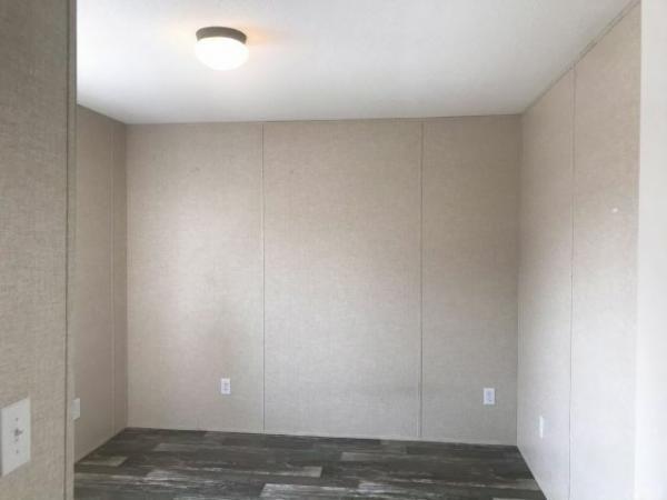 2019 LIVE OAK Mobile Home For Sale