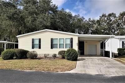 Mobile Home at 3553 Azinger Loop Zephyrhills, FL 33541