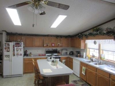 Mobile Home at 637 Redbud Blvd South Anderson, IN 46013