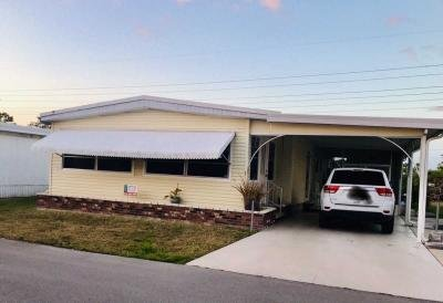 Mobile Home at 454 Avanti Way Blvd. North Fort Myers, FL 33917