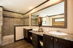 Enormous Master Bath...Loaded!