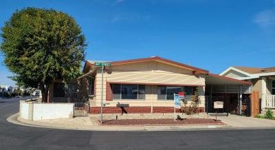 Mobile Home at 724 44th Street Bakersfield, CA 93301