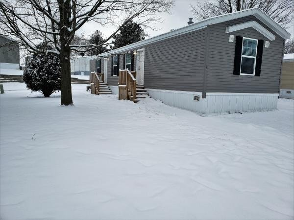 2019 Clayton - Middlebury Mobile Home For Rent