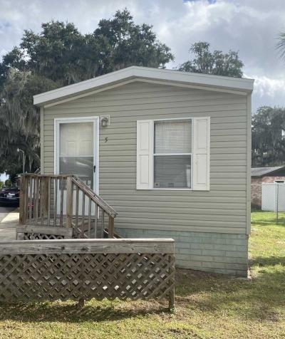 Mobile Home at 1208 Lee St Lot 5 Leesburg, FL 34748