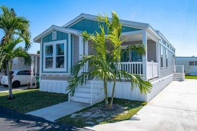 Mobile Home at 3204 Broadway Street Lot 118 Hollywood, FL 33021