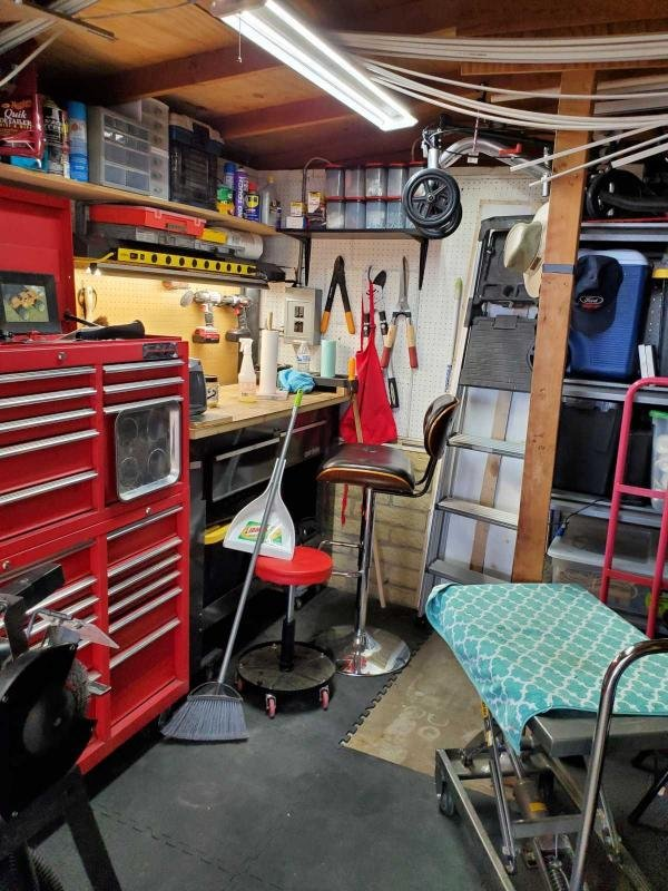 VIKING Mobile Home For Sale