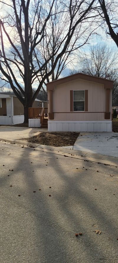 Mobile Home at 90 Poppy Drive Fenton, MO 63026