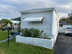 Photo 5 of 15 of home located at 6881 NW 43 Ave Coconut Creek, FL 33073