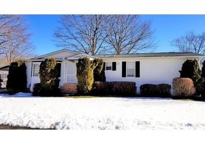 Mobile Home at 638 Fresh Pond Ave. #372 Calverton, NY 11933