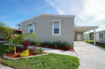 Mobile Home at 4303 Gretchen Place #260 Lake Worth, FL 33463