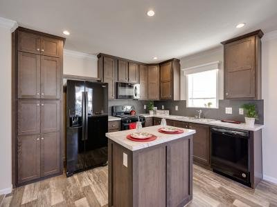 Mobile Home at 225 Kingsway Dr. North Mankato, MN 56003