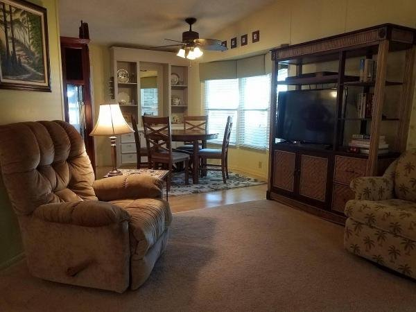 1990 MERI Mobile Home For Sale
