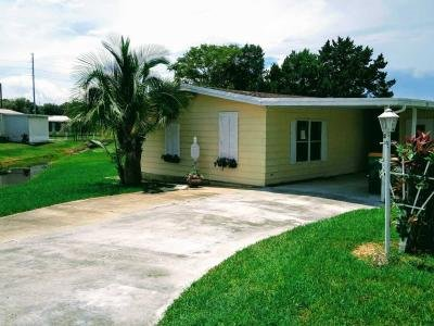 Mobile Home at 2 Lavender Ln. Eustis, FL 32726