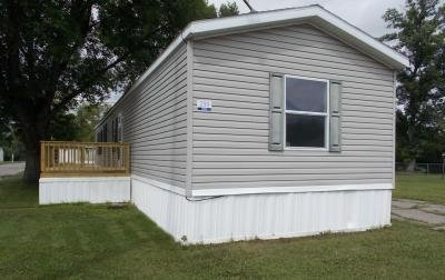 Mobile Home at 233 Garfield Avenue Lot D0233 Grand Forks, ND 58201