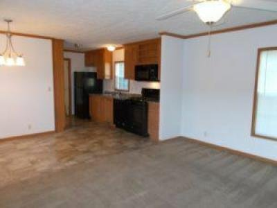 Mobile Home at 125 Golden Meadow Drive Batavia, OH 45103
