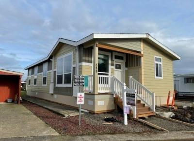 Mobile Home at 2232 42nd Ave SE #588 Salem, OR 97301