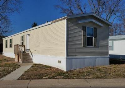 Mobile Home at 105 Beach Edwardsville, KS 66113
