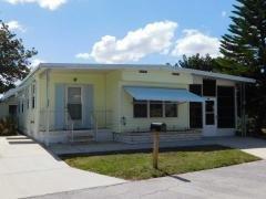 Photo 4 of 34 of home located at 221 Dordrecht St Ellenton, FL 34222