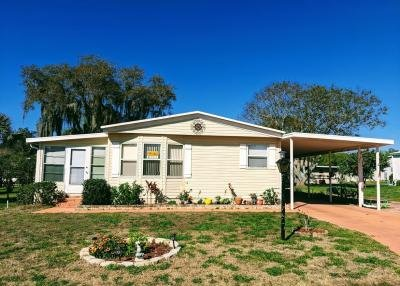 Mobile Home at 1305 Mackinaw Court Grand Island, FL 32735