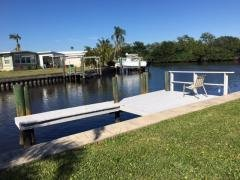 Photo 1 of 14 of home located at 333 Mount Richmond Ave NE Saint Petersburg, FL 33702