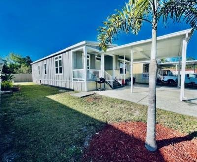 Mobile Home at 1365 Four Seasons Blvd Tampa, FL 33613