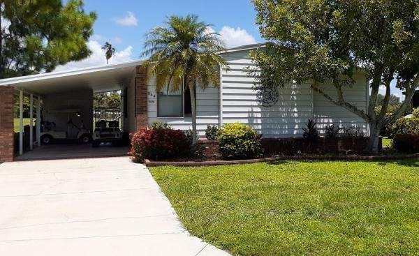 Photo 1 of 2 of home located at 19292 Tuckaway Ct., #53J North Fort Myers, FL 33903