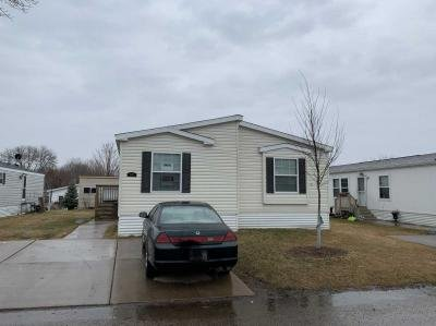 Mobile Home at 1347 Rolling Hills Drive Maplewood, MN 55119