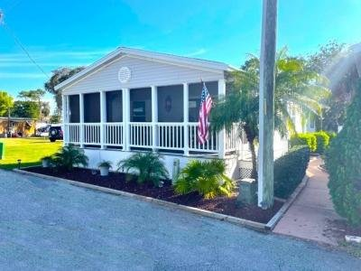 Mobile Home at 36102 Citrus Blvd. Grand Island, FL 32735