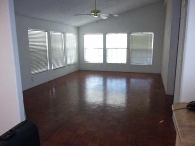 Mobile Home at 5805 W Harmon Las Vegas, NV 89103